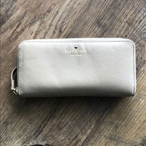 Tan leather Kate Spade wallet